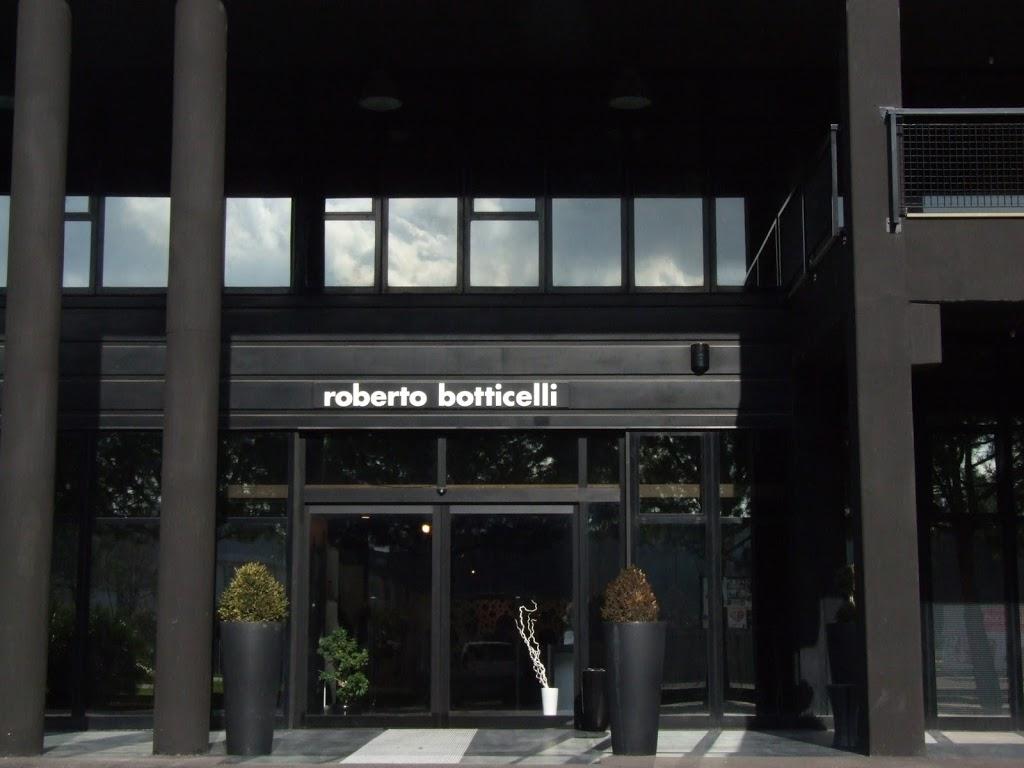 Outlet marchigiani + Mapping1 Ilaria Barbotti